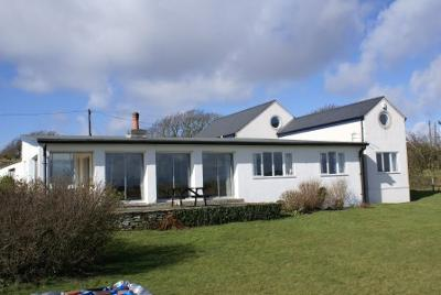 Rhoscolyn holiday cottage
