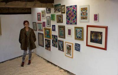 Sadie Williams at the Bryn Eglwys exhibition buildings, Llandyfrydog, Llanerchymedd
