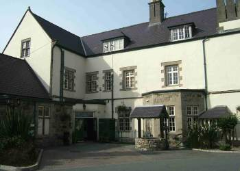 Anglesey Hotel