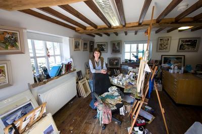 Anwen Roberts in her studio